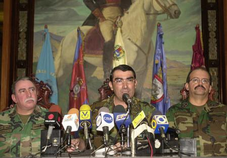 Chavez'in İstifa Ettiği Ordu Tarafından İlan Edilirken